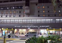 Una de las entradas del aeropuerto de Miami