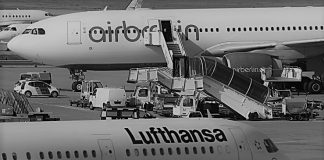 Air Berlin's creditors have picked German flagship carrier Lufthansa and Britain's easyJet as possible buyers for the insolvent carrier's aviation business.