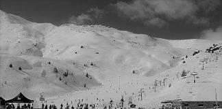 La empresa aragonesa ofrece 286 kilómetros esquiables en sus 241 pistas .