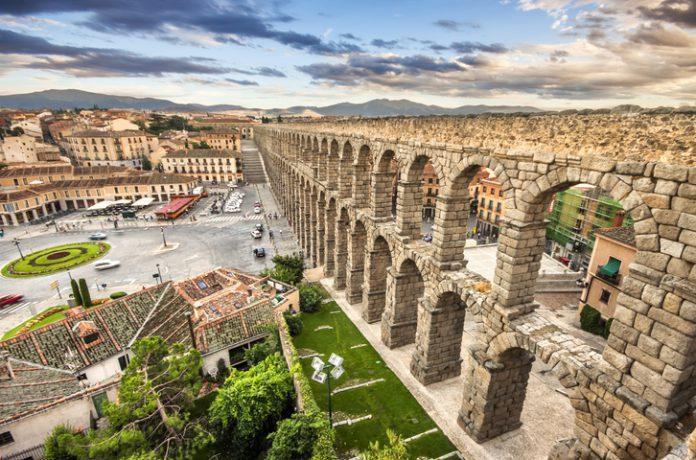 Imagen del acueducto de Segovia.