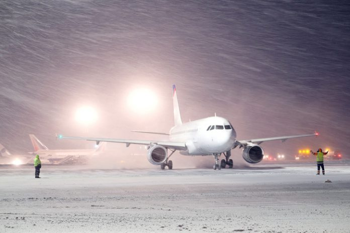 thanksgiving-weekend-snow-flights canceled
