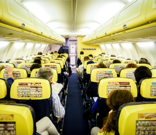 USO y Sitcpla han solicitado que la Audiencia Nacional condene a Ryanair, Crewlink y Workforce, a una indemnización de 75.000 euros a cada uno de ellos