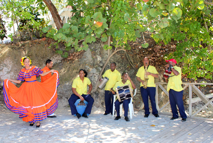 republica-dominicana-a-ritmo-de-merengue