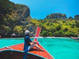 Se trata de un santuario de vida salvaje, cuevas marinas, arrecifes de coral, exótica vida marina.