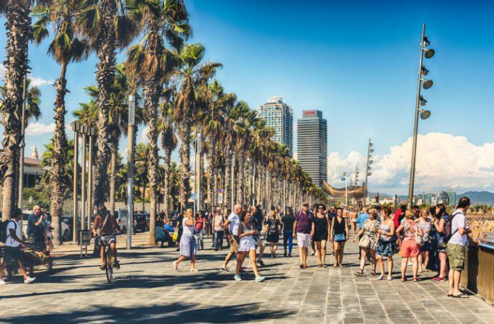 Sólo en noviembre, los viajeros internacionales se dejaron 4.890 millones de euros, el 5,3 % más que un año antes.
