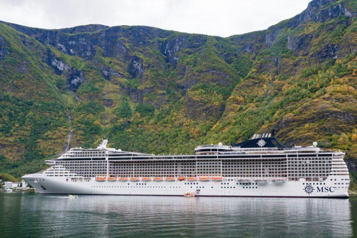 El itinerario, de 32.260 millas náuticas, recorre 49 destinos de 32 países, desde el Mediterráneo hasta el Caribe
