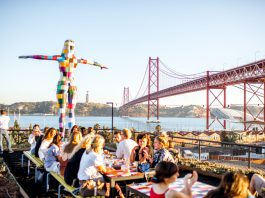 Britons are the leading tourist visitors to Portuguese hotels, representing about 15 percent of the total 13 million.