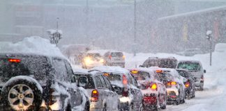 Officials warned Chicago residents, accustomed to chilling winters, to expect an unusually deep and dangerous freeze.