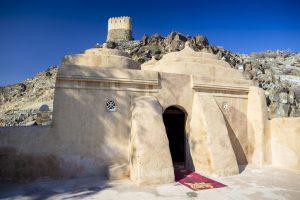 Detalle-entrada-Mezquita-Al-Badiyah-Fujairah
