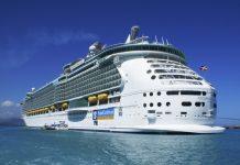 La representante de Royal Caribbean indicó que con la remodelación el puerto de Roatán tendrá la capacidad de recibir barcos similares al Oasis Of The Seas