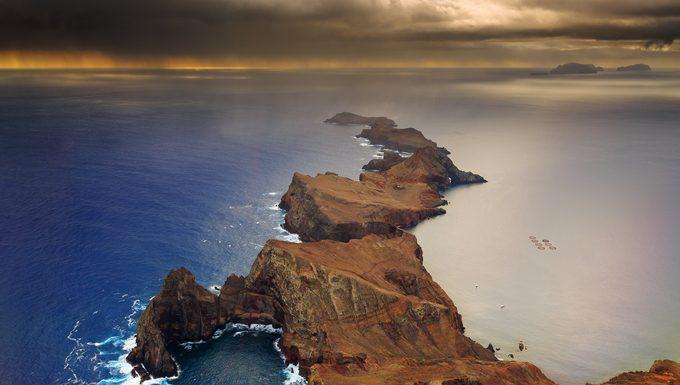 Paisaje-aéreo-de-Madeira