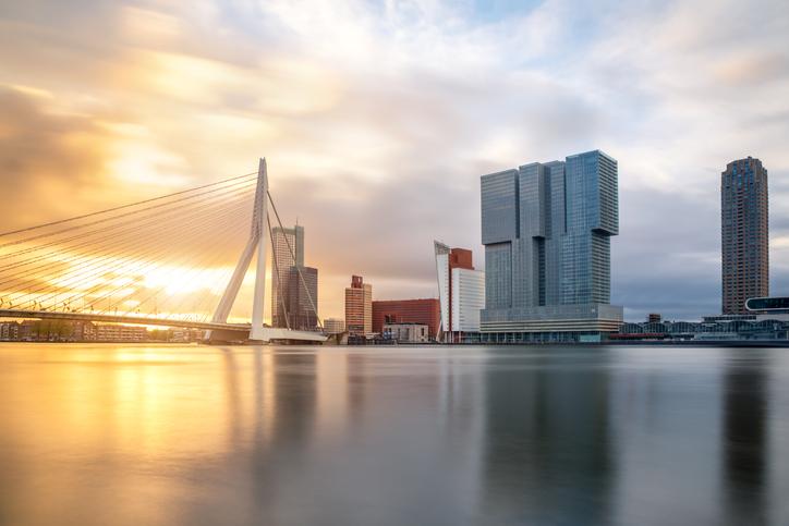 Atardecer-en-Rotterdam-visitar-holanda
